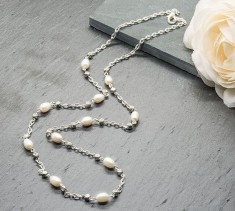 Freshwater Pearl & Chain Necklace